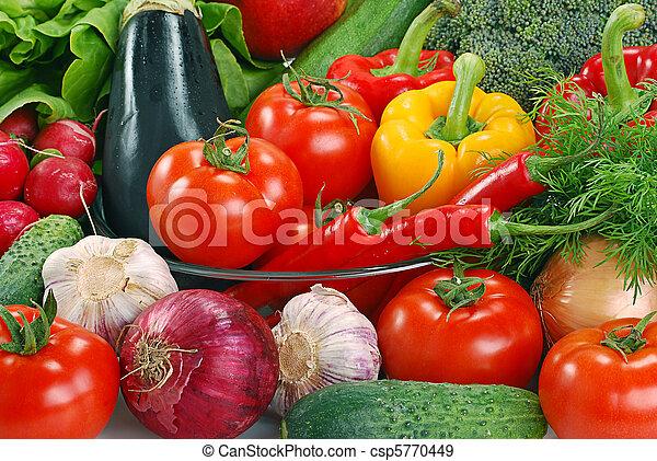 La variedad de las verduras crudas - csp5770449