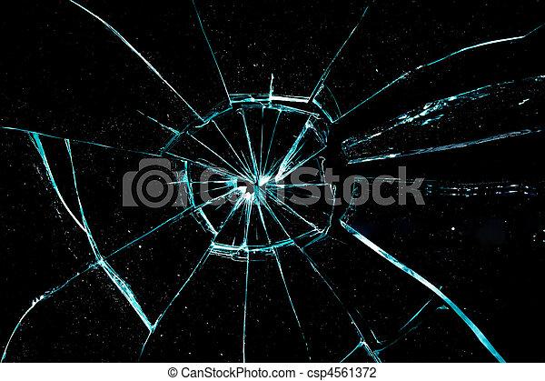 verre cassé - csp4561372