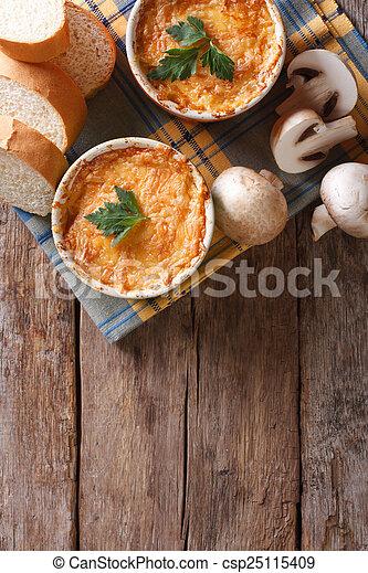vertical, topo, cogumelos, galinha, casserole, vista - csp25115409
