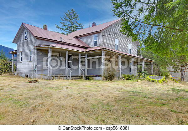 Very old rustic american country house build in 1907 for Old american houses
