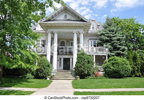 Victorian Style Suburban Home - csp9732207