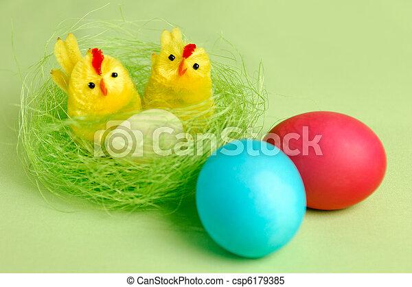 El colorido Easter sigue vivo - csp6179385