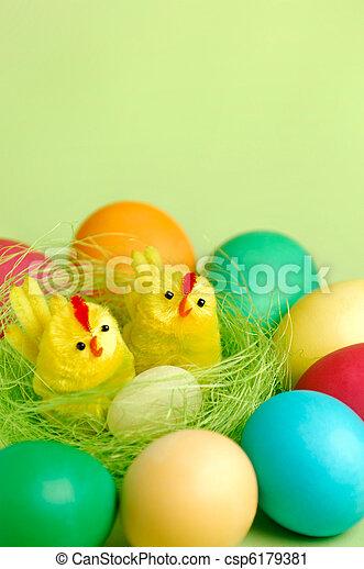 El colorido Easter sigue vivo - csp6179381