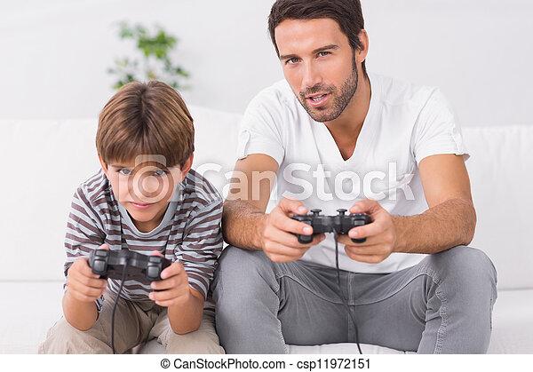 videospiele, vater, sohn, spielende  - csp11972151