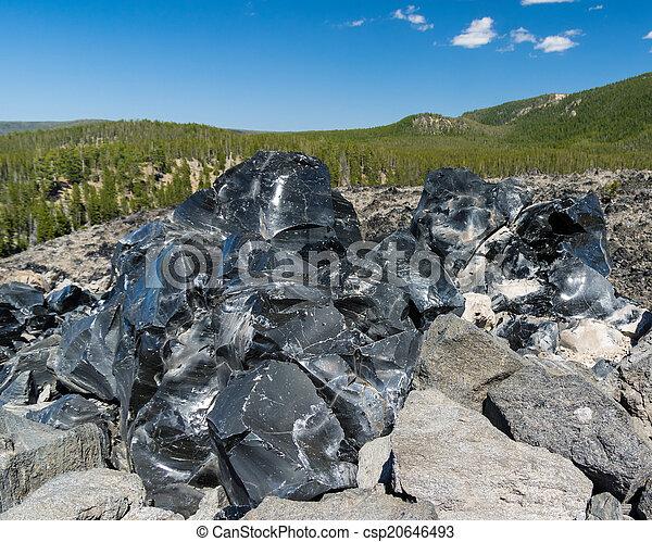 Nao sei como funciona o Jinton  Vidro-vulc%C3%A2nico-pretas-obsidian-fotografia-de-stock_csp20646493