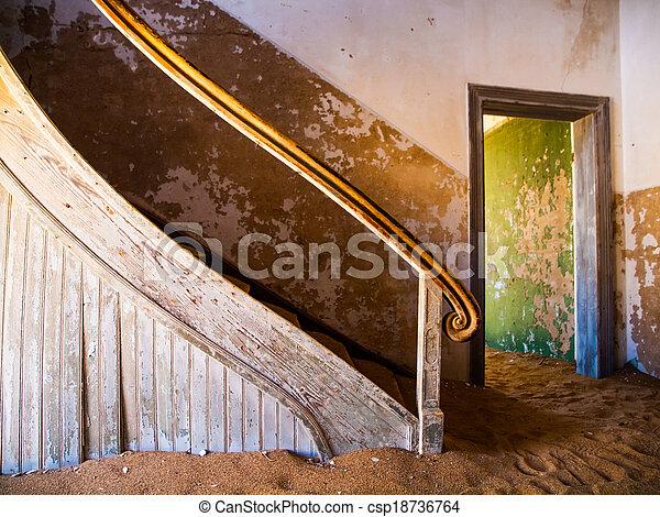 viejo, escalera - csp18736764