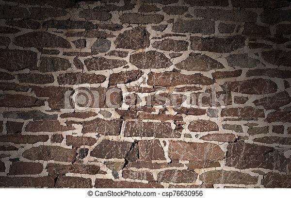 viejo, sobre, albañilería, utilizar, lit, pared, irregular, piedras - csp76630956