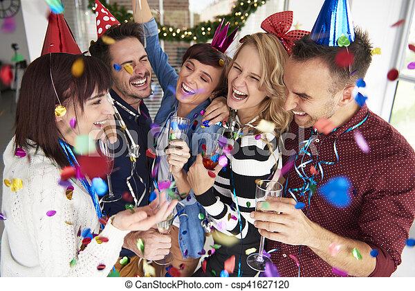 vieren, lachen, eva, nieuwe jaren - csp41627120