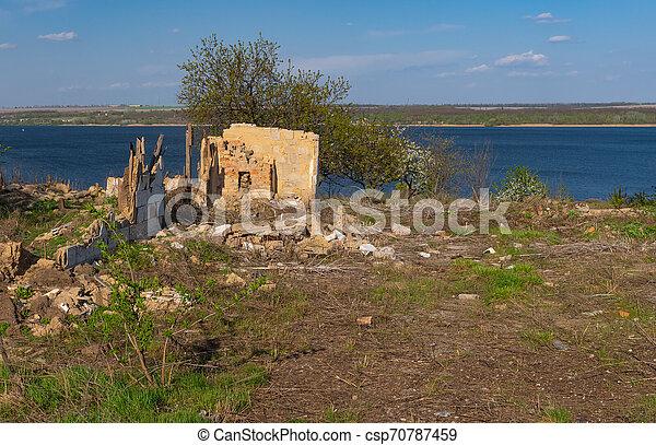 vieux, dnipro, maison, détruit, rive, paysage - csp70787459