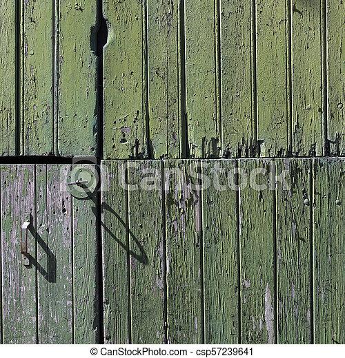 vieux, vertical, peint, partie, porte verte, planches, grange - csp57239641