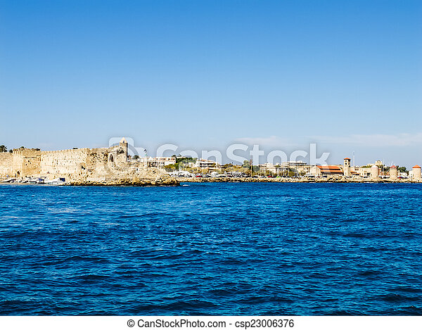 View from the sea to the fortress of Rhodes. - csp23006376