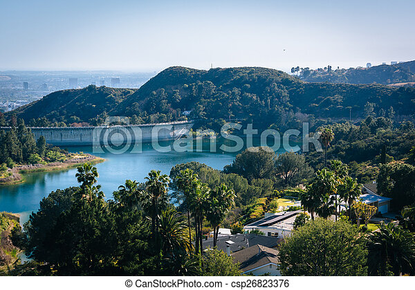 View of Hollywood Reservoir, in Los Angeles, California. - csp26823376