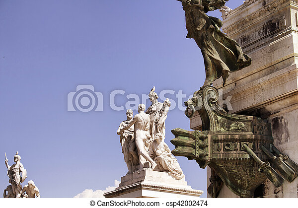 View of statues at Altar of the Fatherland in Rome. Grand marble, classical temple honoring Italy's first king & First World War soldiers. - csp42002474