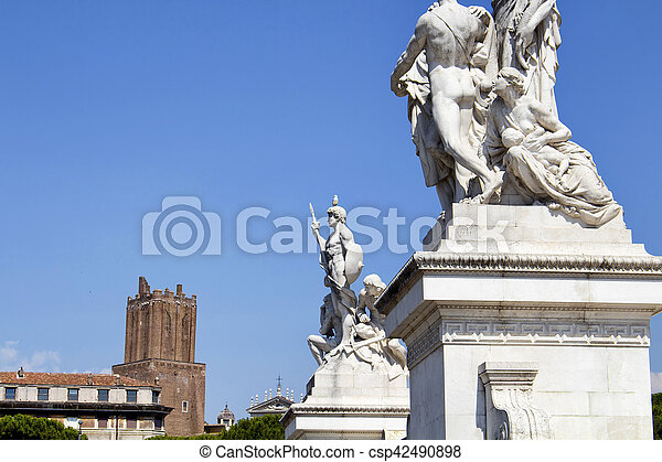 View of statues at Altar of the Fatherland in Rome. Grand marble, classical temple honoring Italy's first king & First World War soldiers. - csp42490898