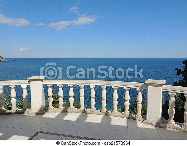 View of the Black Sea. - csp21573964