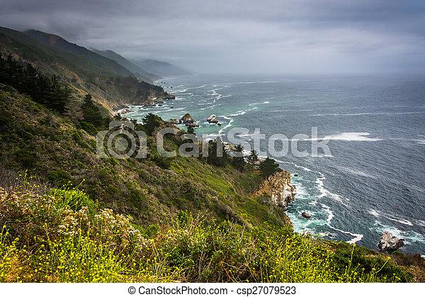 View of the Pacific Coast in Big Sur, California. - csp27079523