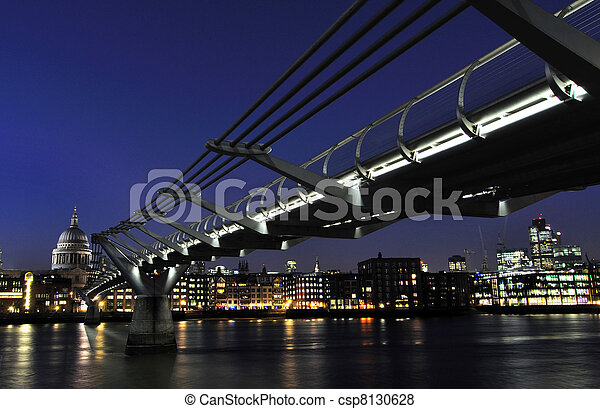 View of the River Thames - csp8130628