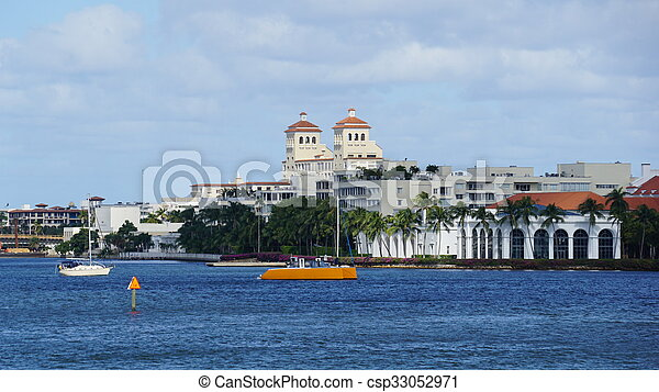 View of West Palm Beach in Florida - csp33052971