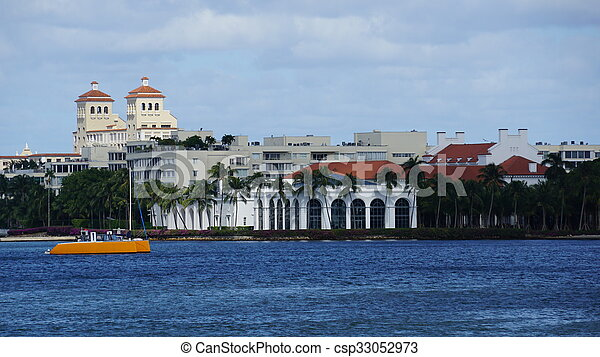 View of West Palm Beach in Florida - csp33052973