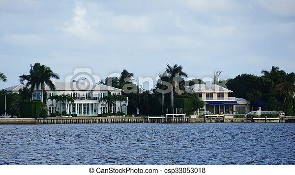 View of West Palm Beach in Florida - csp33053018