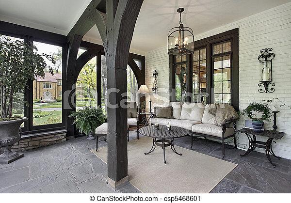Porche con vigas de madera - csp5468601