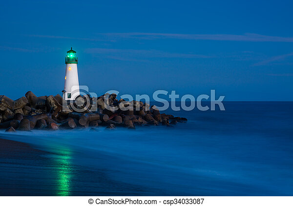 világítótorony, éjszaka - csp34033087
