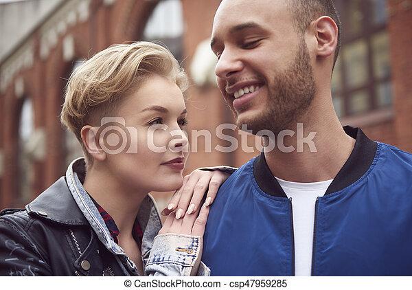 ville, couple, sur, avoir, agréable, voyage - csp47959285