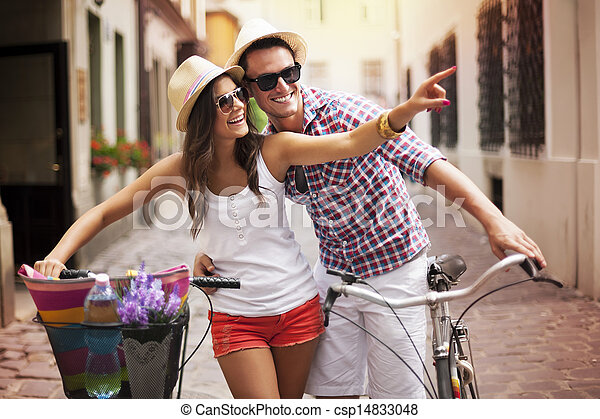 ville, couple, vélos, heureux - csp14833048