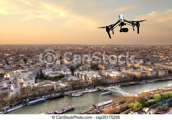 ville, paris, panorama, voler, bourdon, au-dessus - csp35175256