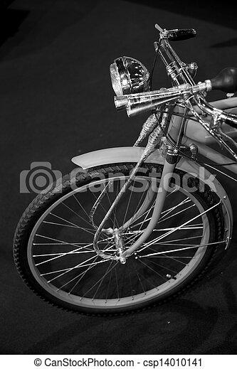 vinobraní, jezdit na kole - csp14010141