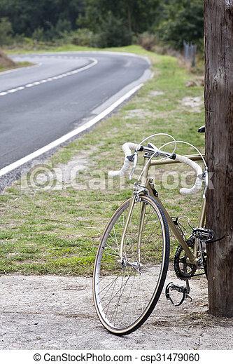 vinobraní, jezdit na kole - csp31479060