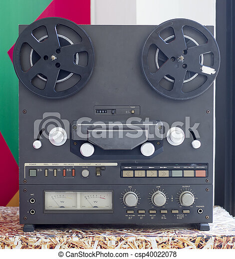 Vintage Analog Stereo Open Reel Tape Deck Recorder with large reels - csp40022078