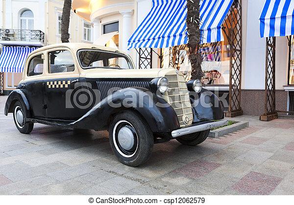Vintage car on the Embankment in Ya - csp12062579