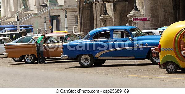 Vintage Cars Parking, Havana - csp25689189