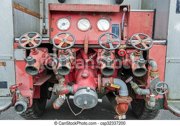 Vintage fire truck - csp32337200