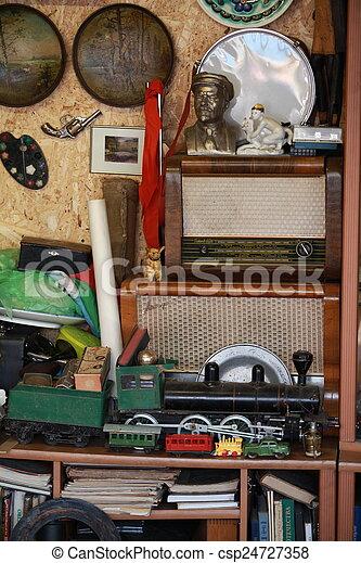 vintage items at flea market - csp24727358