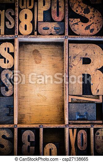 Vintage Letterpress type in Drawer - csp27138665
