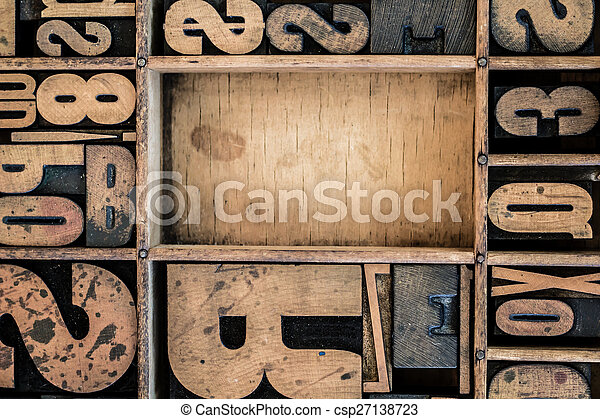 Vintage Letterpress type in Drawer - csp27138723