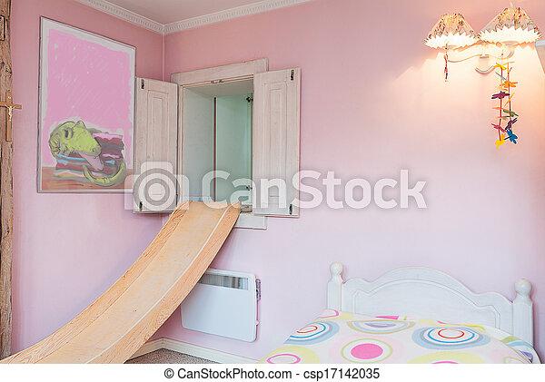 Vintage mansion - pink wall
