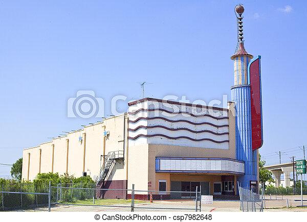 Vintage movie Theater abandand
