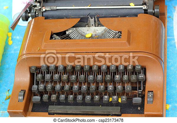 vintage typewriter - csp23173478