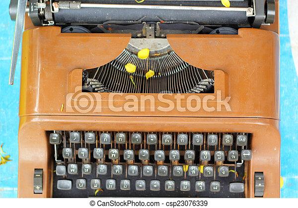 vintage typewriter - csp23076339