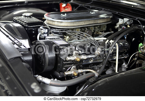 Vintage V8 engine with chrome accessories - csp72732979