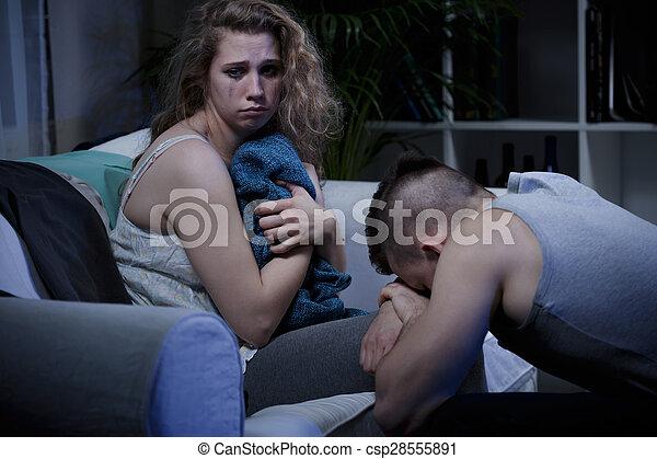 violence, conjugal, victime - csp28555891