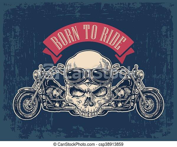 Vista lateral de motocicleta y cráneo con gafas. - csp38913859