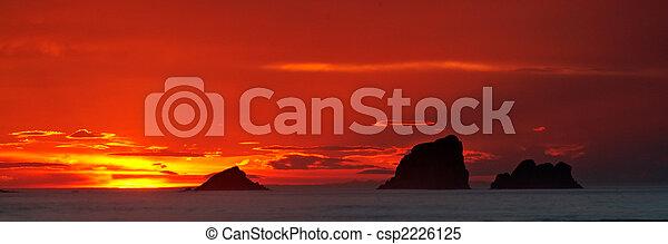 vista marina, salida del sol - csp2226125