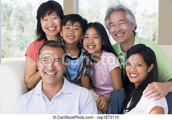 vivant, sourire, prolongé, salle, famille - csp1873110