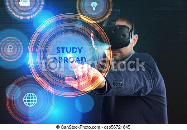 voit, réseau, fonctionnement, inscription:, concept., jeune, virtuel, business, homme affaires, internet, étude, technologie, réalité, à l'étranger, lunettes - csp56721845
