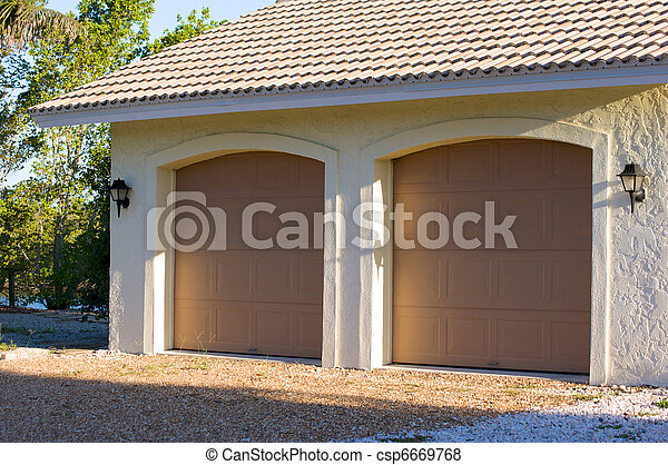 voiture floride deux garage portes voiture moderne images rechercher photographies. Black Bedroom Furniture Sets. Home Design Ideas