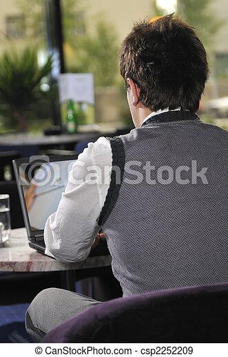 voják, počítač na klín, šťastný, pracovní, sedění - csp2252209